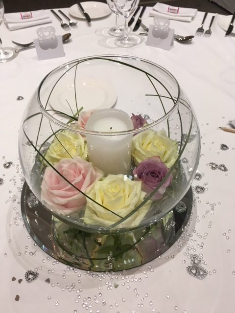 Fishbowls Wedding Table Centres floating roses
